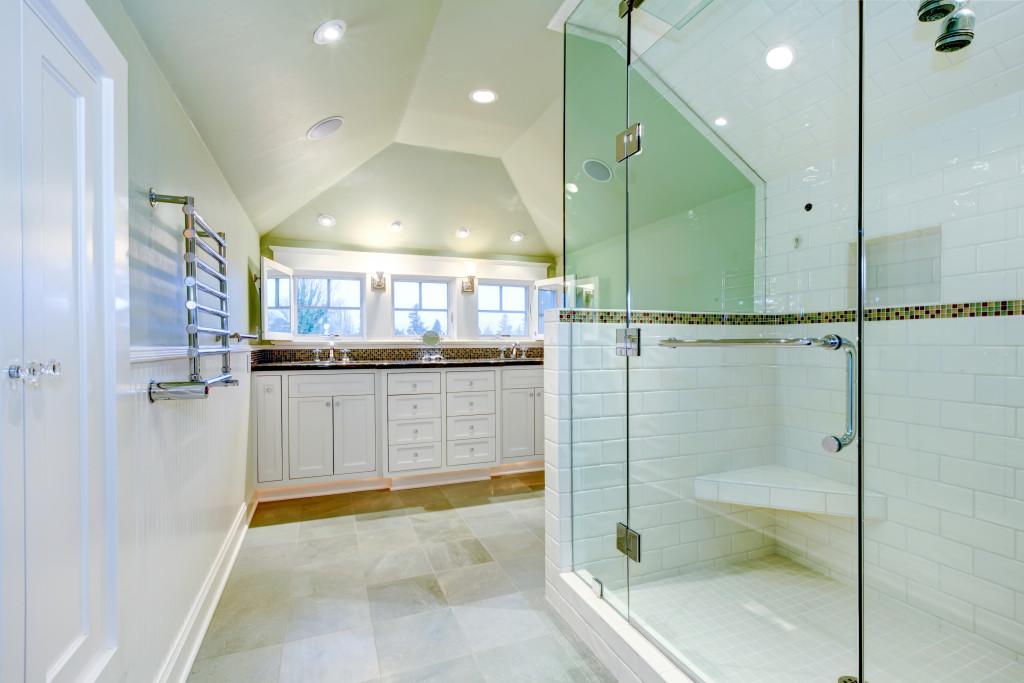 cozy bathroom